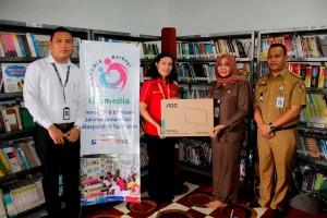 Penyerahan dari Gramedia kepada BPA Kota Pekanbaru