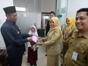 Kunjungan Wakil Walikota ke Ruang Pengolahan Dispusip Kota Pekanbaru