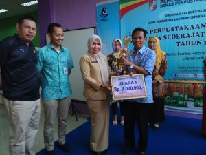 Juara I  SMA CENDANA dengan nama Perpustakaan Ibrahim Sattah