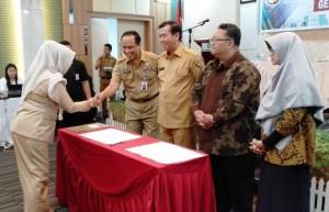 Penandatanganan Komitmen Bersama Percepatan Pekanbaru Smart City Madani