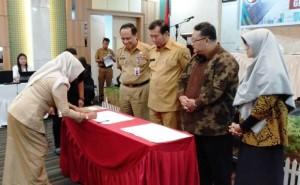 Penandatanganan Komitmen Bersama Percepatan Pekanbaru Smart City Madani3
