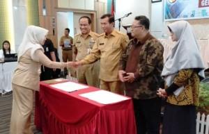 Penandatanganan Komitmen Bersama Percepatan Pekanbaru Smart City Madani1