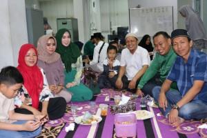 Buka bersama keluarga dispusip pkanbaru 9