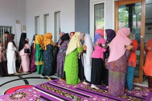 menyambut ramadhan bersama mustafa umar di dispusip pekanbaru