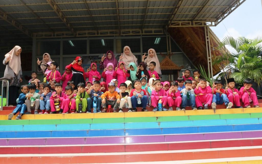 Kunjungan Taman Kanak-kanak Islami Akramunnas ke Dispusip Kota Pekanbaru